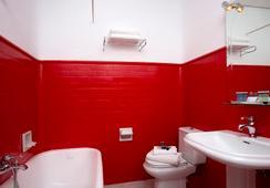 Casual Madrid Del Teatro - Madrid - Bathroom