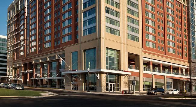 Residence Inn by Marriott Arlington Capital View - Arlington - Building