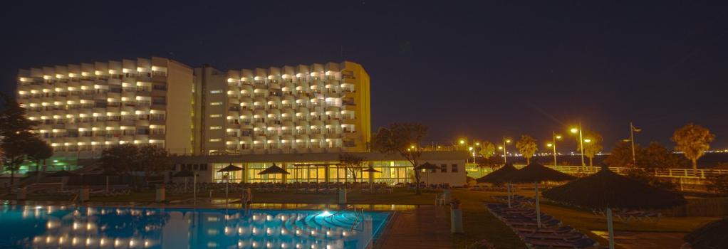 Hotel Puertobahia & Spa - El Puerto de Santa Maria - Building