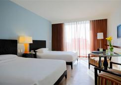 Krystal Grand Punta Cancun - Cancún - Bedroom