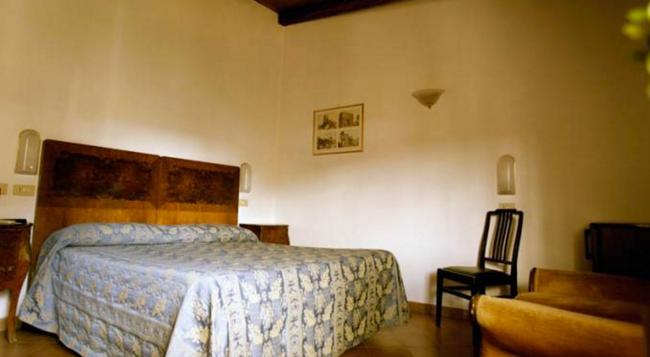 Hotel Sole Roma - Rome - Bedroom