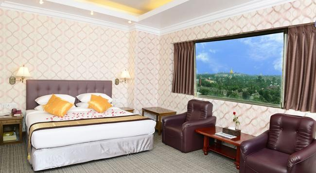 Hotel Grand United (Ahlone Branch) - Yangon - Bedroom