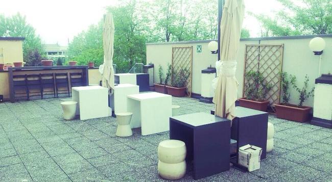 Fidenza Hotel - Fidenza - Outdoor view
