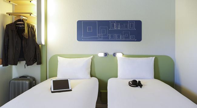 Ibis Budget Cergy Saint Christophe - Cergy - Bedroom