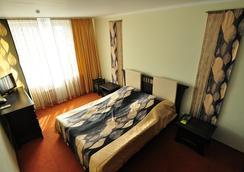 Hotel Yubileiny - Minsk - Bedroom