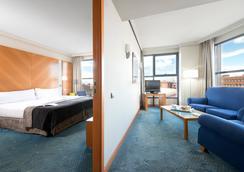 Exe Plaza - Madrid - Bedroom