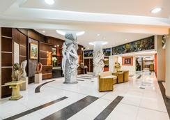 Exe Galería Man-Ging - Guayaquil - Lobby