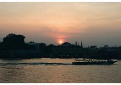 Ibrik Resort by the river - Bangkok - Outdoor view