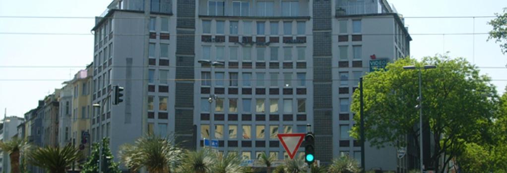 Hotel Domo - Dusseldorf - Building