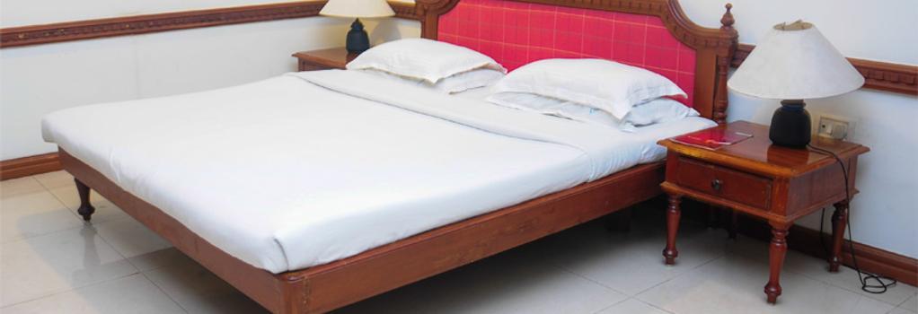 ATS Willingdon Hotel - Kochi - Bedroom