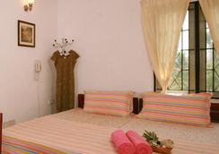 Orion Holiday Homestay - Kochi - Bedroom