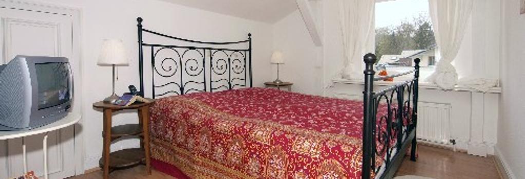 Villa Luise - Heringsdorf - Bedroom