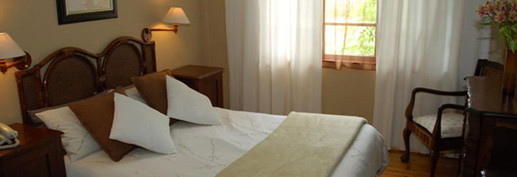 Somerset Lodge - Somerset West - Bedroom