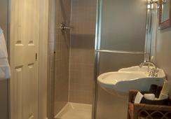 Scarborough Fair B&B - Baltimore - Bathroom