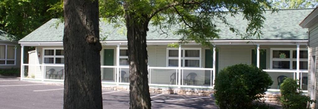 Shore Meadows Motel - Lake George - Building