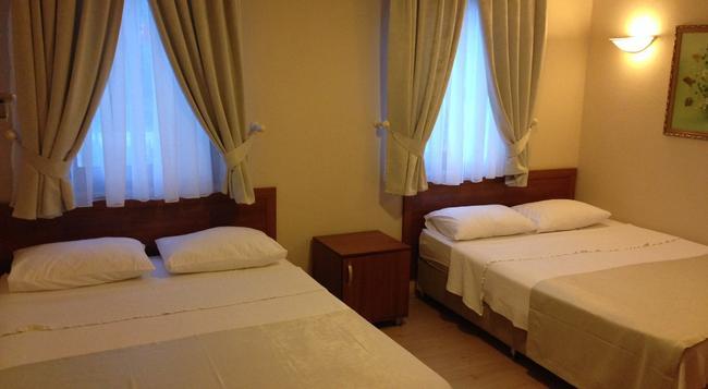 Karahan Hotel - Bozcaada - Bedroom