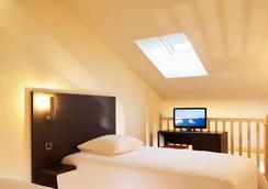 Escale Oceania Biarritz - Biarritz - Bedroom