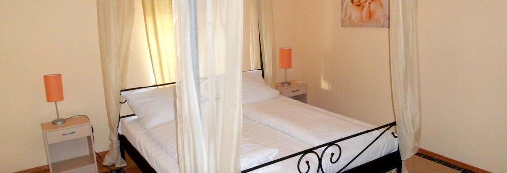 Hahne´s Gästehaus - Laatzen - Bedroom