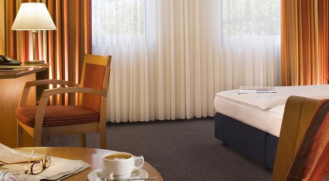 Park Hotel Blub Berlin - Berlin - Bedroom