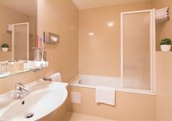 Hotel Pav - Prague - Bathroom