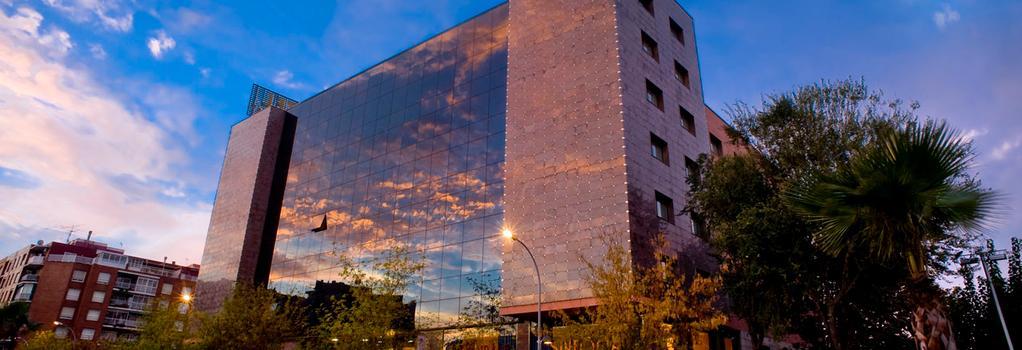 Sallés Hotel Ciutat del Prat - El Prat de Llobregat - Building