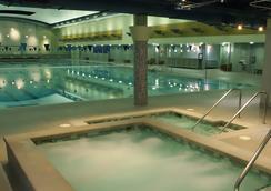 Hotel Bellevue - Bellevue - Pool