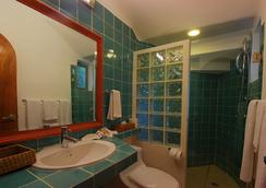 Riviera Maya Suites - Playa del Carmen - Bathroom