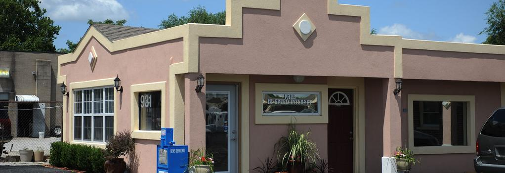 Belleville Inn & Suites - Belleville - Outdoor view