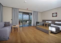 Ramada Resort Bodrum - Bodrum - Bedroom