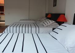 Hotel Real Estación - Bogotá - Bedroom