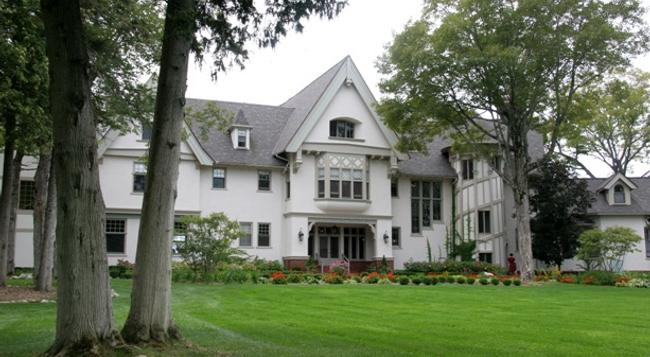 The Inn At Stonecliffe - Mackinac Island - Building