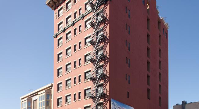Ramada Gaslamp Convention Center - San Diego - Building
