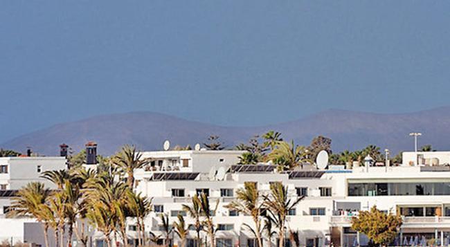 Hotel Las Costas - Puerto del Carmen - Building