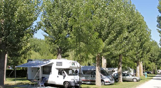 Camping Tiber - Prima Porta - Outdoor view