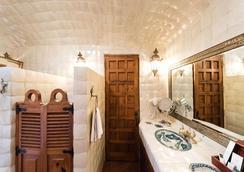 Hotel Boutique Mision Casa Colorada - Guanajuato - Bathroom
