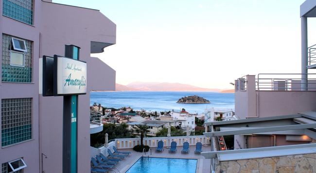 Amaryllis Hotel Apartments - Tolo - Building