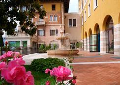 Garda Family House - Brenzone - Outdoor view