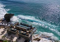 Ayana Resort and Spa Bali - South Kuta - Bar