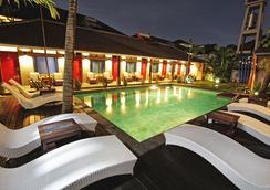 Kayun Hostel - Kuta - Pool