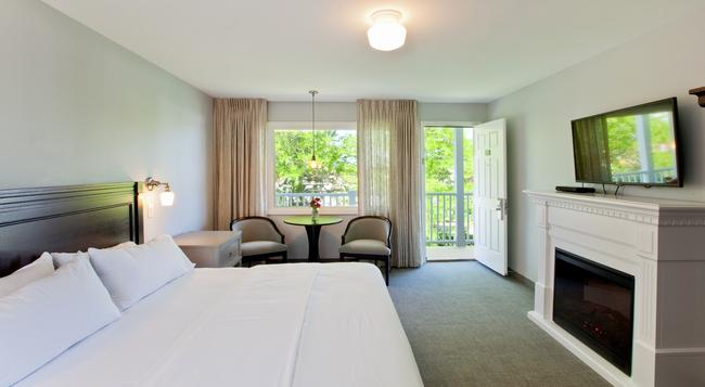 Seaglass Inn & Spa - Provincetown - Bedroom