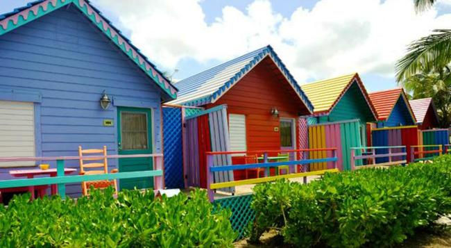 Compass Point Beach Resort - Nassau - Building