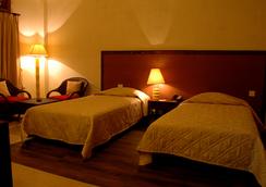 Iora Retreat - Kaziranga - Bedroom