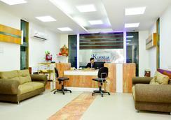 Hotel Mandakini Plaza, Kanpur - Kanpur - Front desk