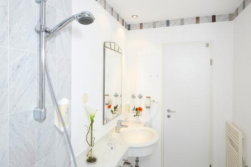 Hotel Residenz - Heringsdorf - Bathroom