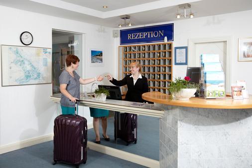 Hotel Residenz - Heringsdorf - Front desk