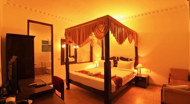 The Rajwada Hotel - Jaipur - Bedroom
