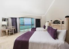 Sandos Cancun Lifestyle Resort - Cancun - Bedroom