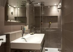 Vic Eiffel - Paris - Bathroom