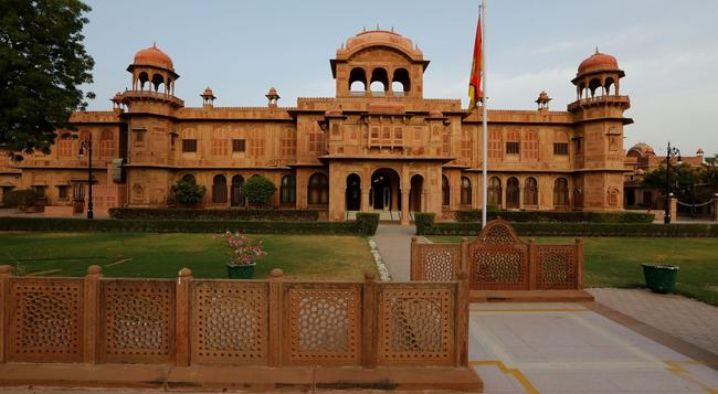 The Lallgarh Palace - A Heritage Hotel - Bikaner - Building