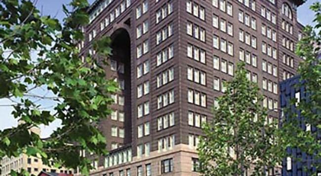 Renaissance Pittsburgh Hotel - Pittsburgh - Building